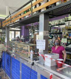 Casa El Cándano Bar Tienda